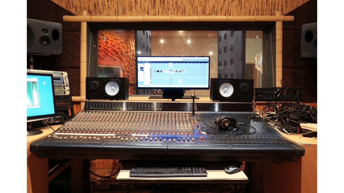 studio panels image
